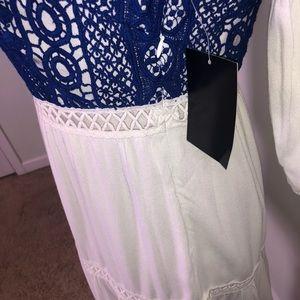 Boston Proper Dresses - Boston Proper Boho Peasant Embroidered Dress